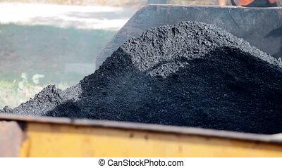Unrolled hot asphalt - Unrolled hot black asphalt