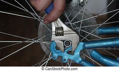 unscrewi, disassembly, rowerowe koło