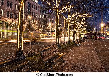 unter den linden at christmas time in berlin