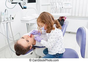 untersuchen, wenig, zahnarzt, m�dchen, kabinett