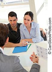 unterzeichnung, real-estate, paar, agentur, vertrag,...