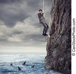 uomo affari, è, probabilmente, a, cadere, in, il, mare, con, sharks., concetto, di, problemi, e, difficoltà, in, affari