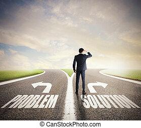 uomo affari, a, uno, crossroads., lui, chooses, il, corretto, way., concetto, di, decisione, in, affari