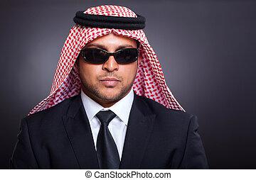 uomo affari, arabo, ricco