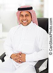uomo affari, arabo, ufficio, seduta