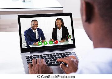 uomo affari, assistere, conferenza video