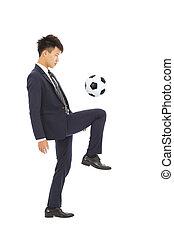 uomo affari, calcio, calciare