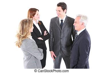uomo affari, e, donna affari stando piedi, ciarlare