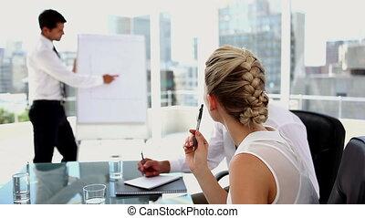 uomo affari, fare, uno, presentazione