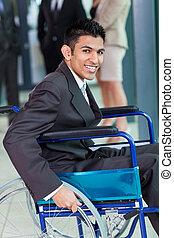 uomo affari, handicappato, giovane, ufficio, arabo