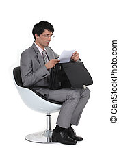 uomo affari, lettera lettura