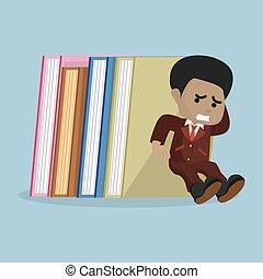 uomo affari, libri, pila, presa a terra, africano