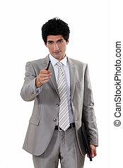 uomo affari, penna, offerta