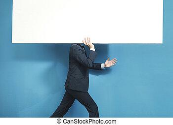 uomo affari, portante, asse, far male, enorme