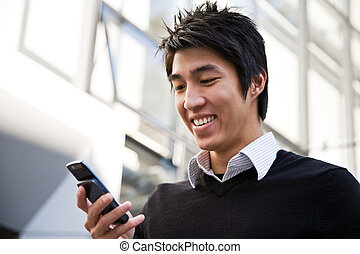 uomo affari, texting, casuale, asiatico