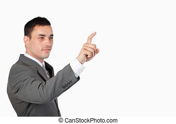 uomo affari, usando, invisibile, touchscreen