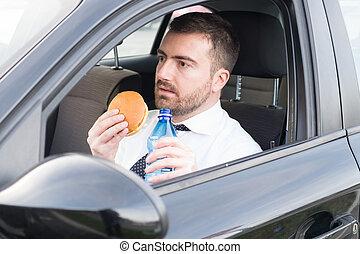 uomo, ava pranzo, seduto, in, suo, uno, automobile