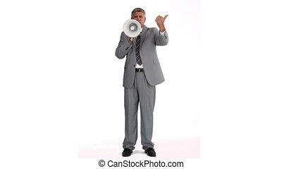 uomo, in, abito grigio, parlante, su, uno, megafono