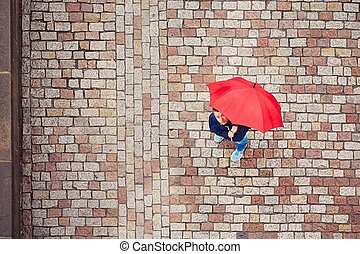 uomo, in, giorno piovoso