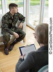 uomo, in, militare uniforme