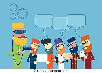 uomo, mensola, telefono, tavoletta, laptop, usura casuale, chiacchierata, digitale, gruppo, presa, bolla, remoto, far male, occhiali