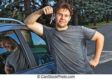 uomo nuovo, giovane, automobile