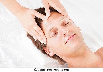 uomo, prendere, dirigere massaggio