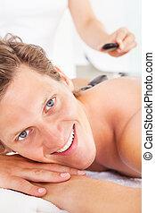 uomo, prendere, pietra calda, massaggio