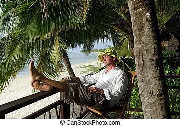 uomo, rilassare, durante, viaggiare, vacanza, su, isola tropicale