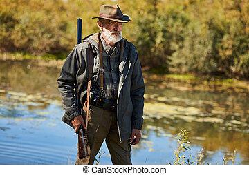 uomo, selvatico, lago, caccia, anatre, anziano