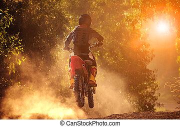 uomo, sentiero per cavalcate, motocicletta, in, motore,...