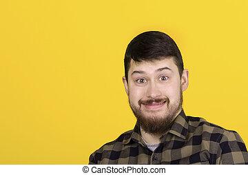 uomo, sorridente, barbuto