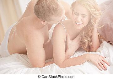 uomo, toccante, donna, durante, preliminari amorosi