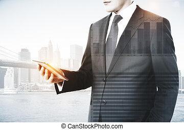 uomo, usando, cellphone