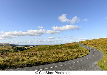 uphill bend in the moor, Dartmoor