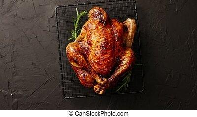 upieczony, kurczak, rozmaryn, swojski, zioła