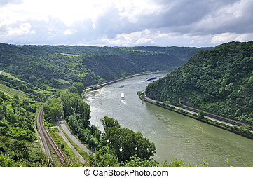 Upper Middle Rhine Valley - 65km section of the River Rhine ...