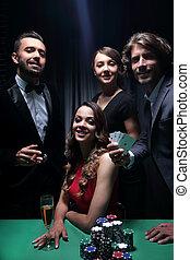 upper osztály, barátok, hazárdjáték, alatt, egy, casino.