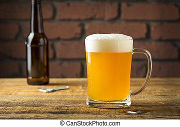 uppfriskande, gyllene, öl, lager