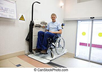 upstairs, kaleka, budujący, przechadzki, urządzenie, krzesło, szczególny, człowiek