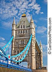 uralkodik bridzs, alatt, london, uk