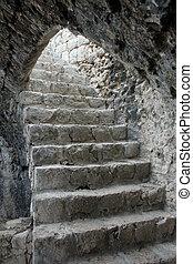 uralt, treppe