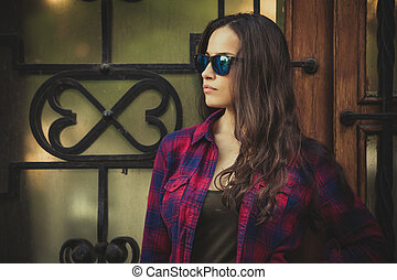 urban girl portrait with sunglasses in the city