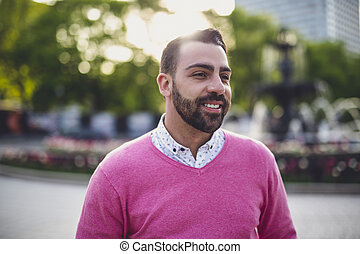 urbano, barbudo, joven, ambiente, aire libre, hombre, guapo