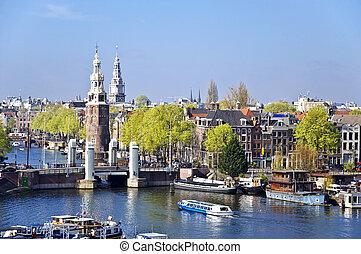 urbano, clássico, scene., bote, fundo, amsterdão, vista., bridge., canal, bóias