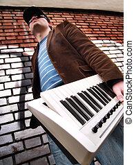 urbano, sujeito, teclado