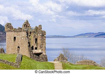 Urquhart Castle on Loch Ness in Scotland
