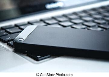 urządzenie, technology., czarnoskóry, telefon, i, laptop klawiatura