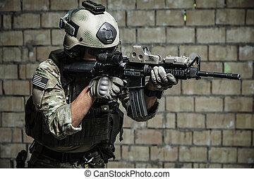 US Army Ranger aiming rifle