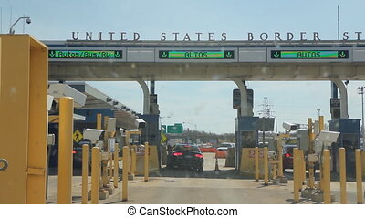 US Customs inspection at Lewiston, - Crossing the USA and...